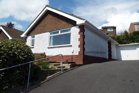 3 bedroom detached bungalow for sale - 17 Hendre Mawr Close, Sketty, Swansea, SA2 9ND