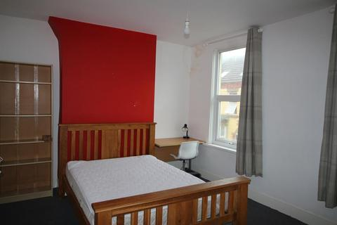 4 bedroom terraced house to rent - Cotswold Street, Liverpool, L7 2PY
