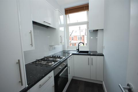 1 bedroom apartment to rent - Ramsden Road, London, N11