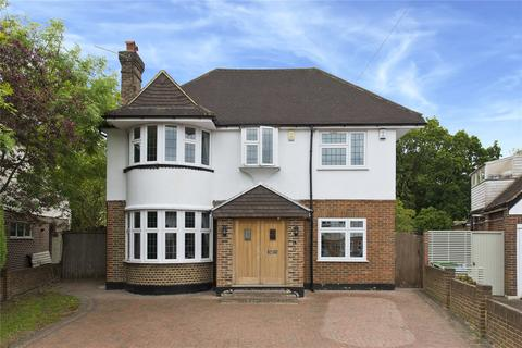 5 bedroom detached house for sale - Manor Drive, Esher, Surrey, KT10