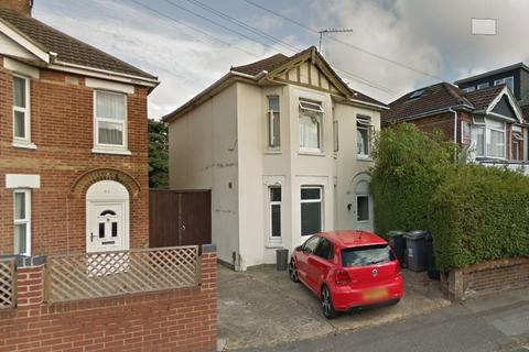 5 bedroom detached house to rent - Bennett Rd