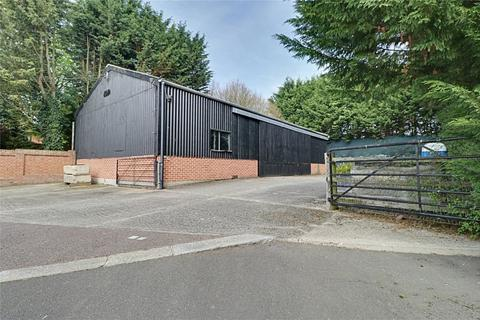 5 bedroom property with land for sale - Chelmsford Road, White Roding, Dunmow, Essex