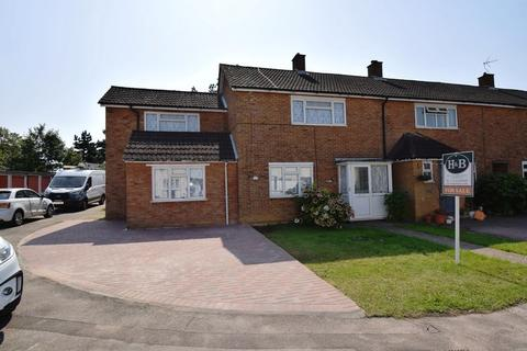 4 bedroom end of terrace house for sale - East Park, Old Harlow, Essex