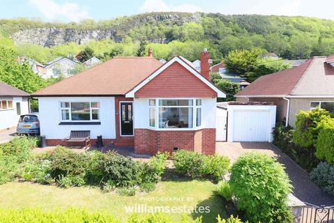 Pictures of fishermen cottages and bungalows for sale