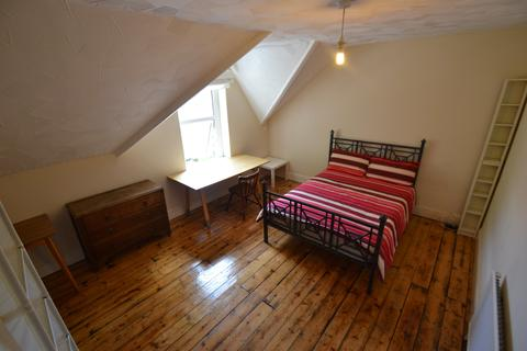 1 bedroom house share to rent - Connaught Road, Roath,