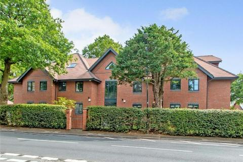 3 bedroom apartment for sale - South Downs Road, Hale