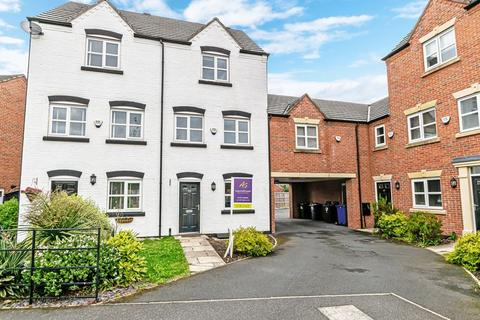 3 bedroom townhouse to rent - Powder Mill Road, Latchford