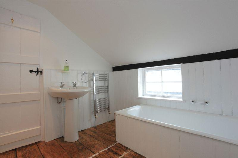 Bathroom (with sep