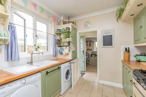 3 bedroom end of terrace house for sale - High Street, Shoeburyness, Southend-on-Sea, SS3