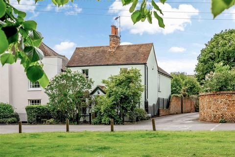 3 bedroom detached house for sale - The Green, Writtle, Chelmsford