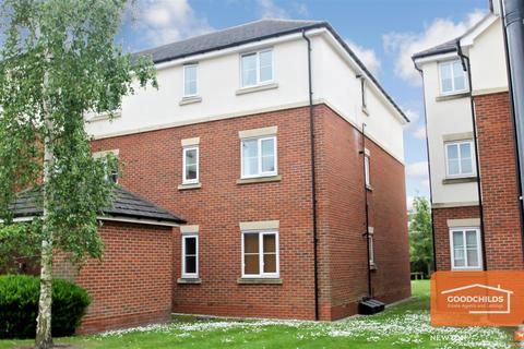 2 bedroom apartment for sale - Parkhouse Grove, Aldridge