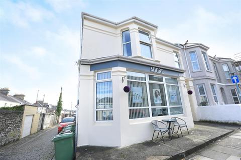 Property to rent - Langham Place, Plymouth