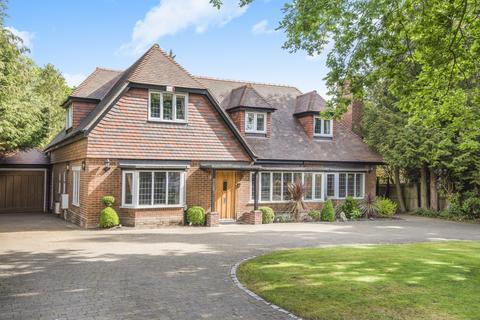 5 bedroom detached house for sale - Forest Drive Keston Park BR2