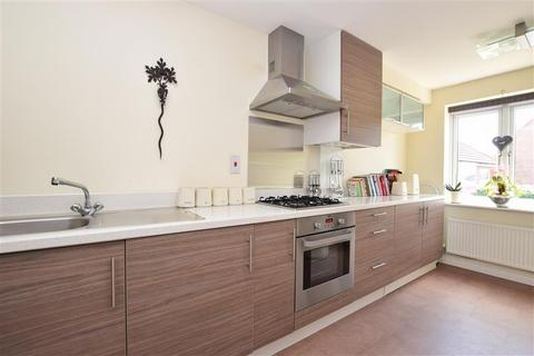 3 bedroom semi-detached house for sale - Orchard Close, Burgess Hill, West Sussex