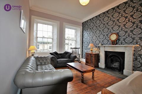 2 bedroom flat to rent - Spittal Street, Tollcross, Edinburgh, EH3 9DY