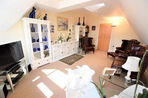 2 bedroom apartment for sale - Flat 8 Christine House, 1-3 Avenue Victoria