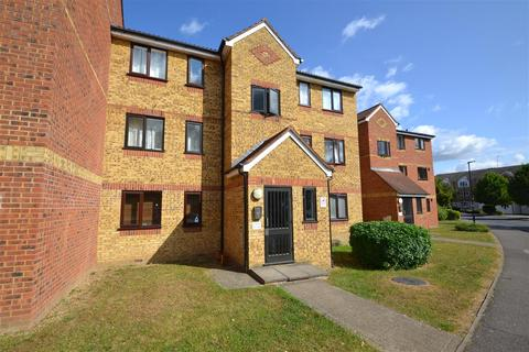 1 bedroom apartment to rent - Redford Close, Bedfont