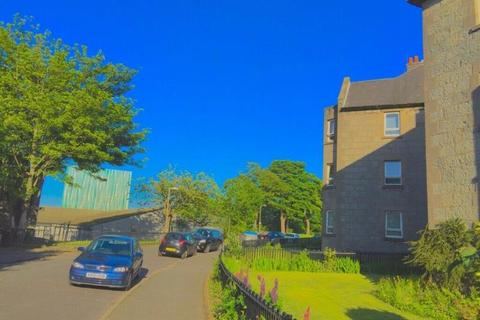 3 bedroom flat to rent - 27 A Powis Crescent, Aberdeen, AB24 3YY