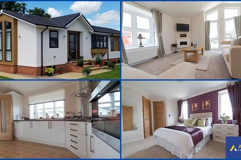 2 bedroom park home for sale - Cannisland Park, Parkmill, Swansea, City & County Of Swansea. SA3 2ED