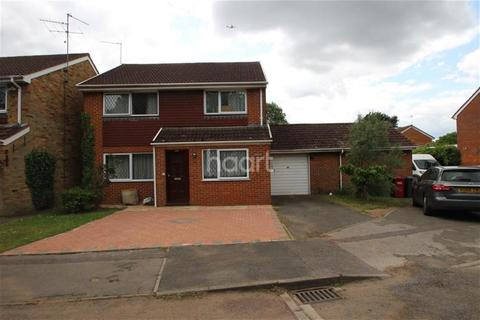 4 bedroom detached house to rent - London Road Slough