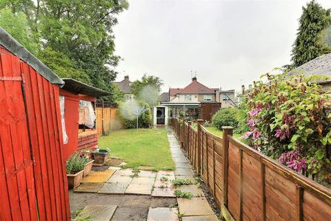2 bedroom maisonette for sale - Barnesdale Crescent, Orpington