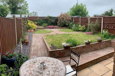 2 bedroom semi-detached house for sale - Saxondale Road, Wigston Harcourt, Leicester, LE18