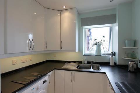 2 bedroom apartment for sale - Deneside Court, Newcastle Upon Tyne