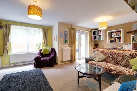 3 bedroom terraced house for sale - St Bedes Crescent, Cambridge