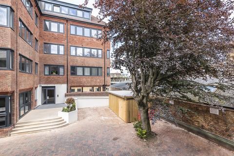 1 bedroom apartment to rent - Lovell House, 271 High Street, Uxbridge, Middlesex, UB8 1LQ
