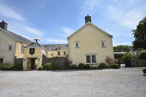 4 bedroom house to rent - Nichol House, Nash Manor, Cowbridge, The Vale Of Glamorgan CF71 7NS