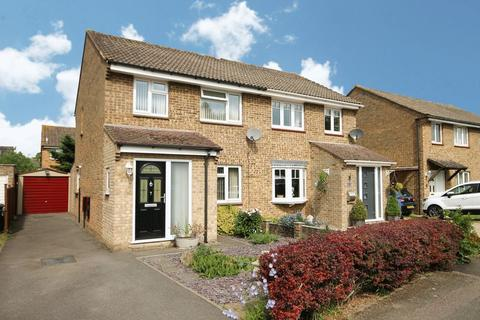 3 bedroom semi-detached house for sale - Meadow Way YARNTON