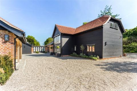 4 bedroom character property for sale - Round Roblets Barn, Hayrons Lane, Good Easter, Chelmsford  Essex, CM1