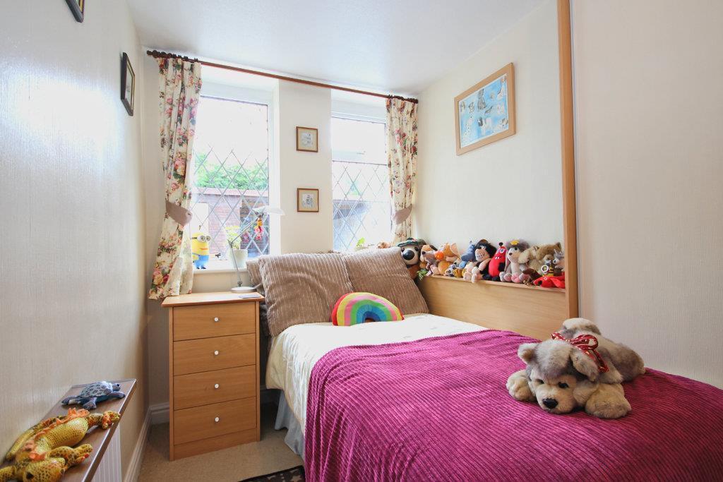 Brochure   bed 3.jpg