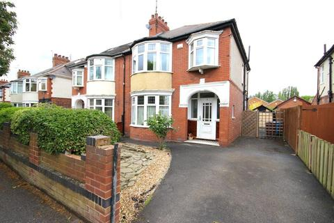 3 bedroom semi-detached house for sale - Bricknell Avenue, Hull