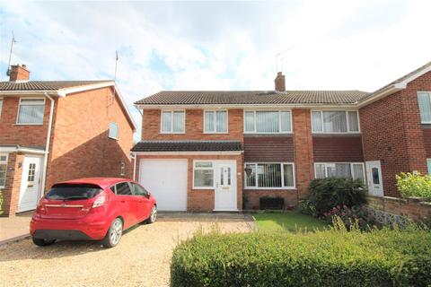 5 bedroom semi-detached house for sale - Grafton Road, King's Lynn