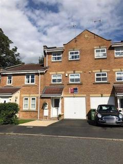 3 bedroom townhouse for sale - Gritstone Drive, Macclesfield