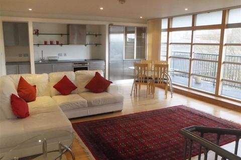 2 bedroom flat to rent - West Point Apts, 5 Duke Street, Castlefield