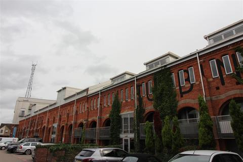 3 bedroom flat to rent - Turbine Hall, Electric Wharf, Coventry