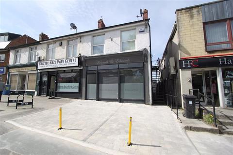 Property to rent - High Street, Hanham, Bristol