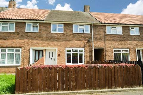 3 bedroom terraced house for sale - Deben Grove, Longhill, Hull, HU8