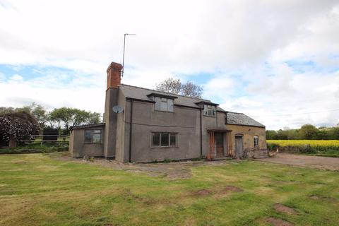 2 bedroom property with land for sale - Wormelow, Hereford