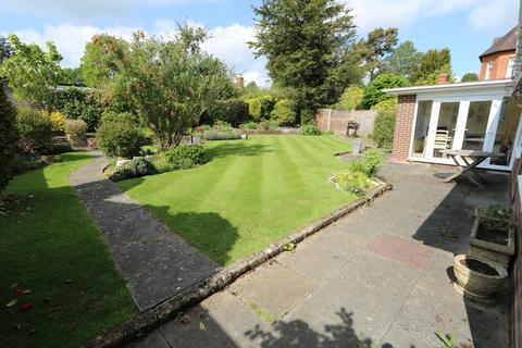 3 bedroom detached bungalow for sale - Dorridge Road, Dorridge