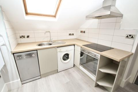 1 bedroom apartment to rent - Vesper Road, Flat 3