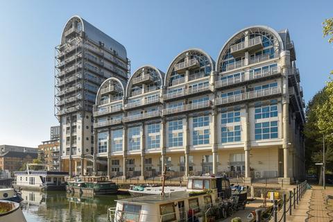 2 bedroom apartment to rent - Baltic Quay, Surrey Quays