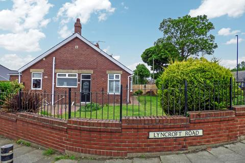3 bedroom bungalow for sale - Lyncroft Road, North Shields, Tyne and Wear, NE29 0RR