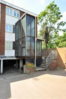 2 bedroom maisonette for sale - Menthone Place, Hornchurch, Essex, RM11