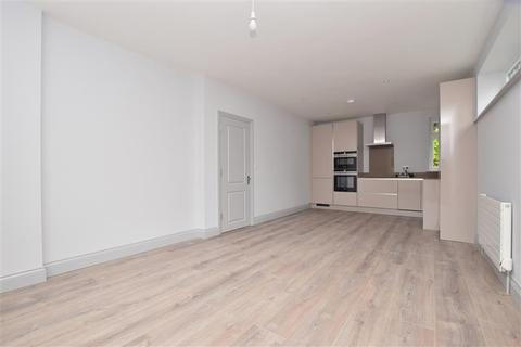 1 bedroom apartment for sale - Scola House, Woodcote Valley Road, Purley, Surrey