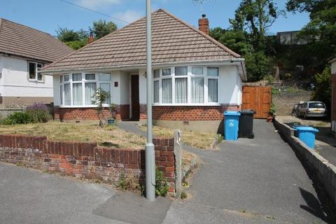 2 bedroom detached bungalow for sale - 60 Fortescue Road, Parkstone, Poole BH12