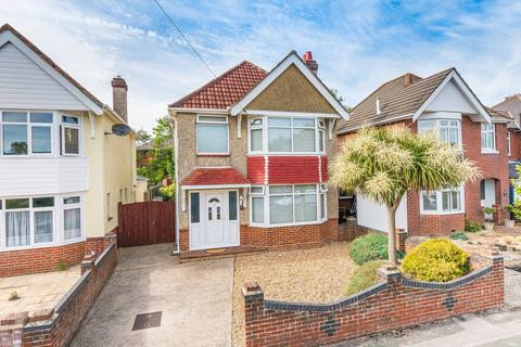 3 bedroom detached house for sale - Archery Grove, Woolston SO19