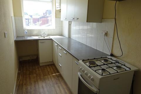 2 bedroom flat to rent - Tweedale Street, Deeplish, OL11